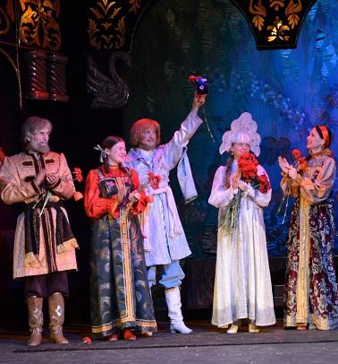 Награждение театра юного зрителя в Саратове