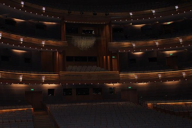 зрительный зал мариинского театра новая сцена